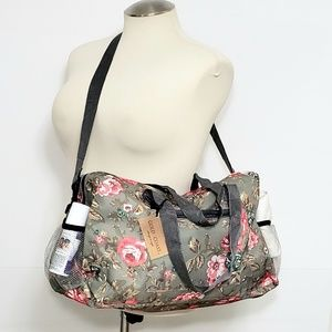 Gold Coast Floral Travel and Gym Bag